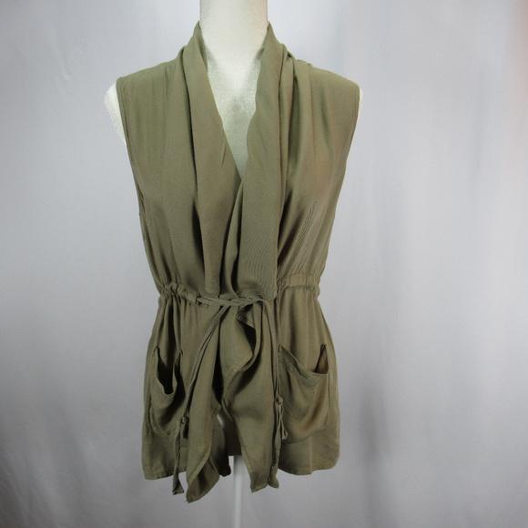 51512106d12bb6 Elodie Jackets   Blazers - Elodie Olive Green Utility Vest Sleeveless Top